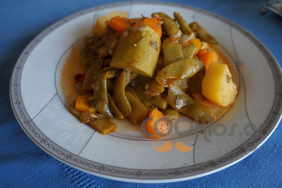 Φασολάκια λαδερά με ανάμεικτα λαχανικά
