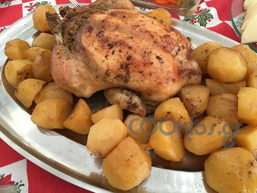 Κοτόπουλο γεμιστό με μελωμένες πατατούλες