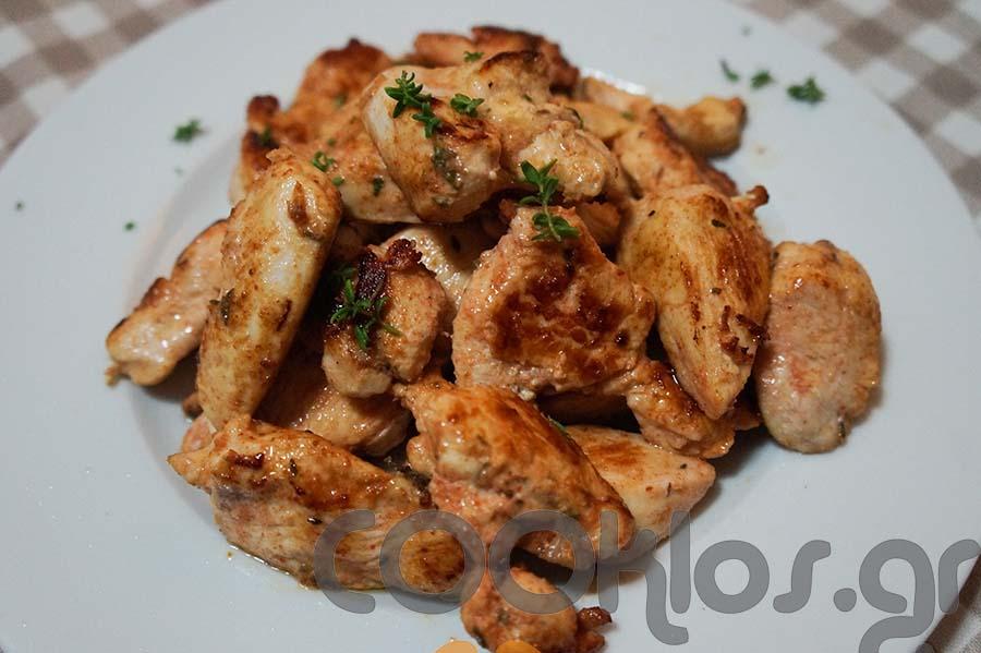 Κοτόπουλο σοτέ με θυμάρι και πιπέρι καγιέν