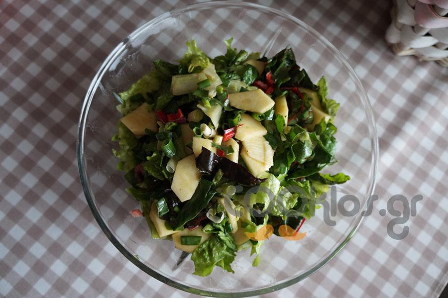 Σέσκουλα σαλάτα με μήλο