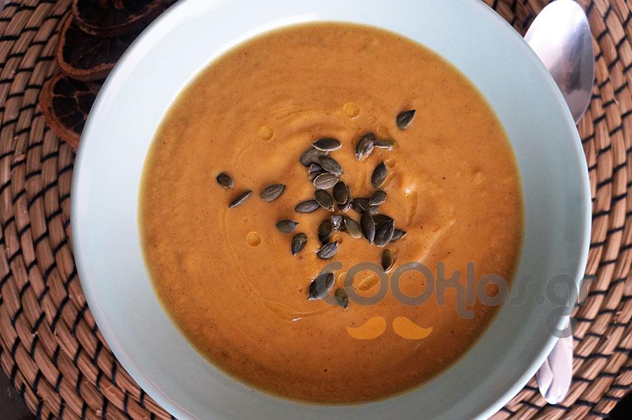 Σούπα κολοκύθας με γάλα καρύδας