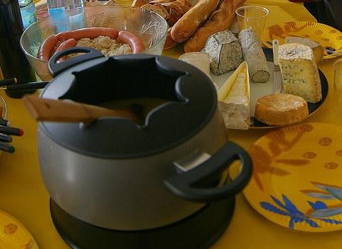 Λιωμένο τσένταρ και φοντί γιατί επιμένουμε ιταλικά
