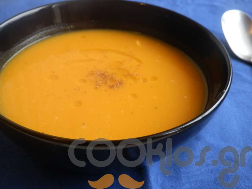 Σούπα γλυκοπατάτας με τσίλι