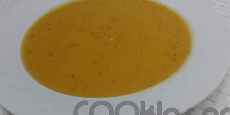 Καροτόσουπα με κόλιανδρο και κύμινο