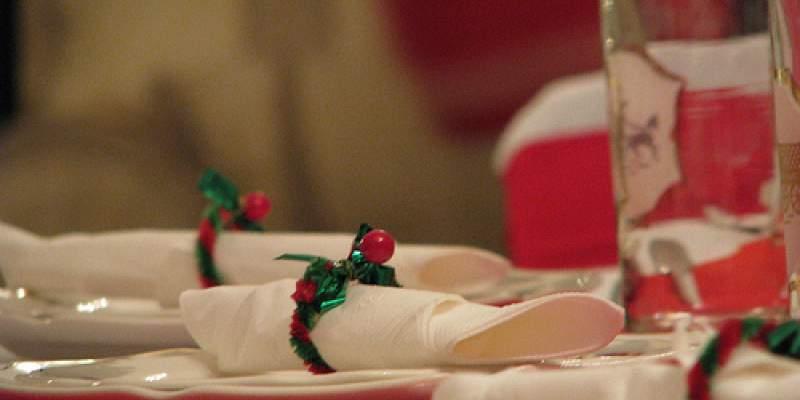 Τραπέζι τα Χριστούγεννα με όλη την οικογένεια
