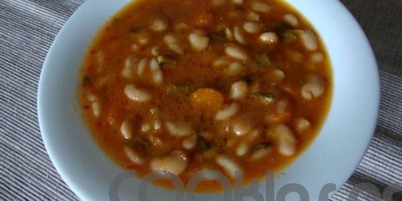 Σούπα φασολάδα