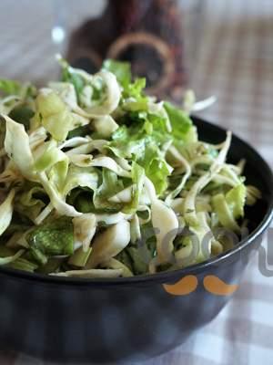 Πράσινη σαλάτα με λάχανο