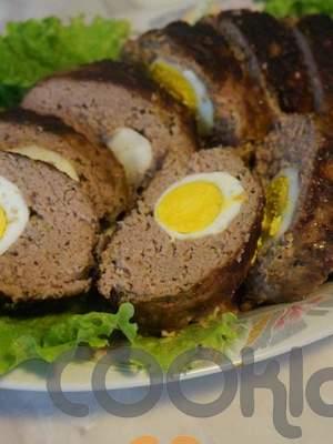 Ρολό κιμά με αυγό