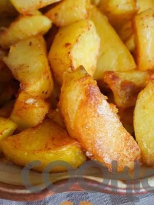 Τραγανές πατάτες με πάπρικα