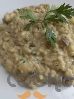 Ριζότο με μελιτζάνες και στραγγιστό γιαούρτι