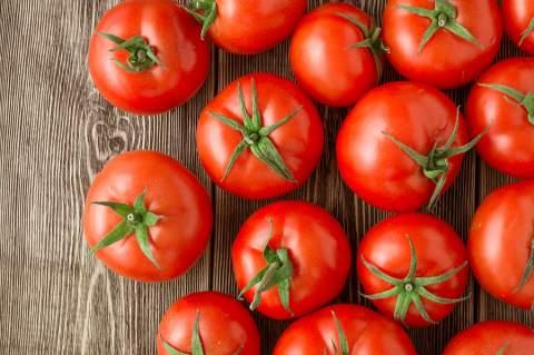 Τί στοιχεία περιέχουν οι ντομάτες;