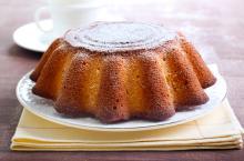 Πώς καταλαβαίνουμε ότι το κέικ ψήθηκε;