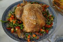 Κοτόπουλο με ανθό αλατιού και ανάμεικτα λαχανικά