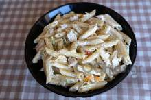 Πένες με κοτόπουλο και τυρί κρέμα