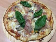 Πίτσα με τυρί κρέμα