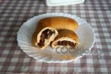 Ψωμάκια γεμιστά με πραλίνα φουντουκιού και ξηρούς καρπούς