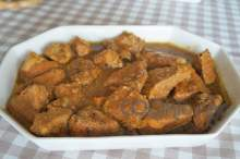 Χοιρινό με πορτοκάλι στην κατσαρόλα