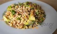 Σαλάτα δημητριακών με αβοκάντο και μυρωδικά